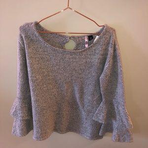 Sweaters - Grey sweater, never worn